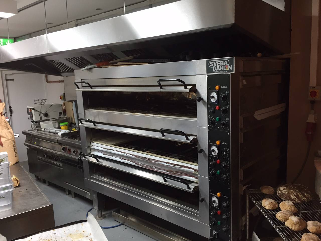 Commercial Bakery Oven - Cooking Stones Installation