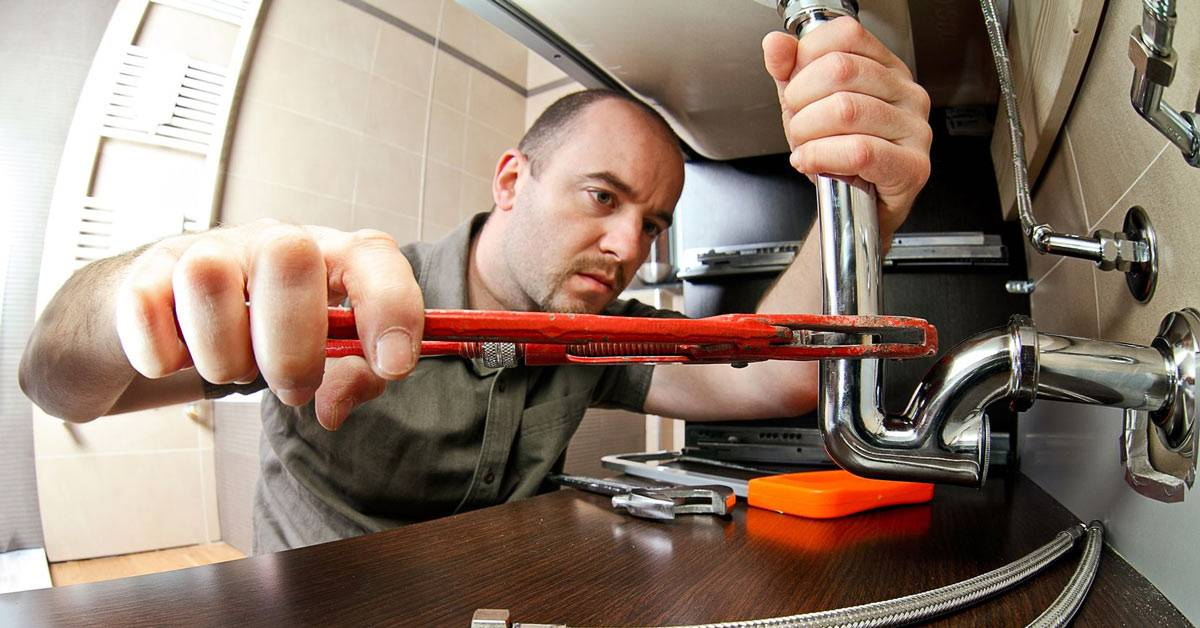 5 Questions to Ask When Looking for Emergency Plumbing